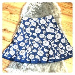 Boden Blue/ white floral skirt